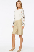 Load image into Gallery viewer, Relaxed Bermuda Shorts  In Stretch Linen