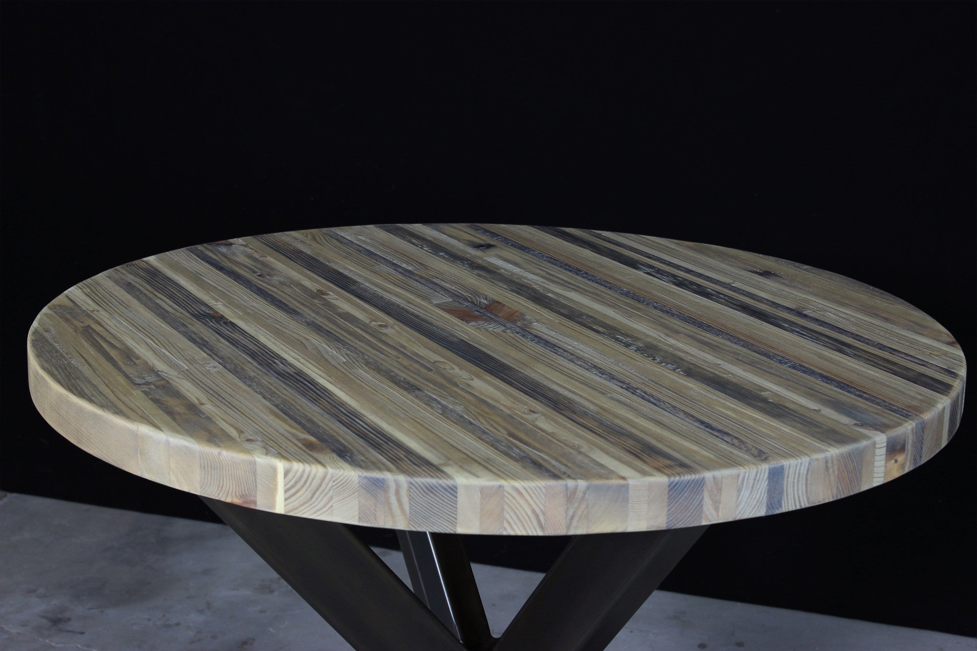 jak bar table | aged wood | darkened steel