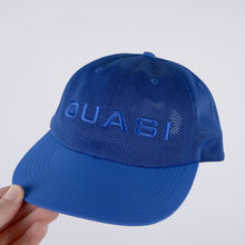 Load image into Gallery viewer, Perf Hat - Royal