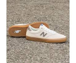 255 - Off White with Grey & Gum