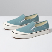 Load image into Gallery viewer, Vans Slip On SF - Smoke Blue / Marshmallow
