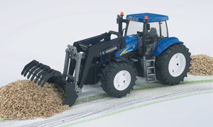 Bruder - New Holland T8040 with Frontloader