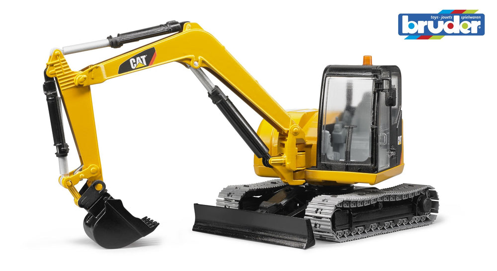 Bruder - 1:16 Caterpillar Mini Excavator - 2456