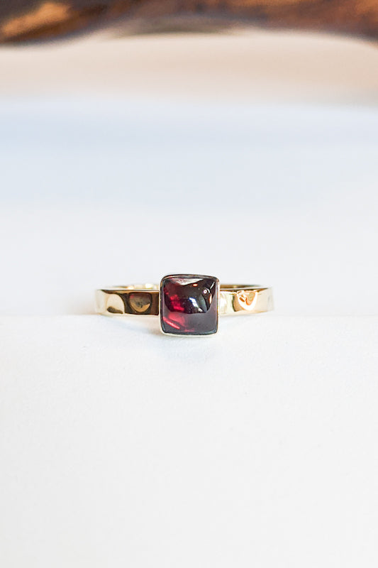 Natural Stone Hammered Stacking Ring - Square Garnet