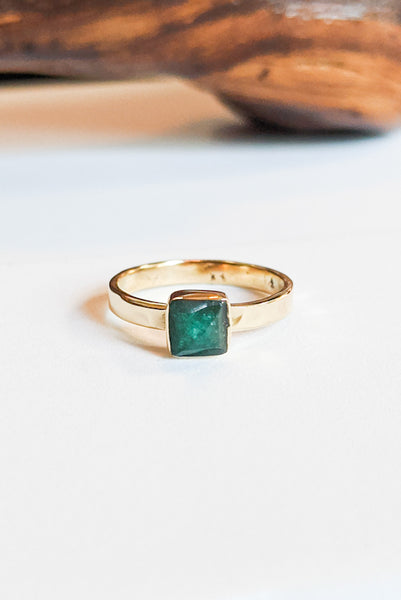 Natural Stone Hammered Stacking Ring - Square Emerald