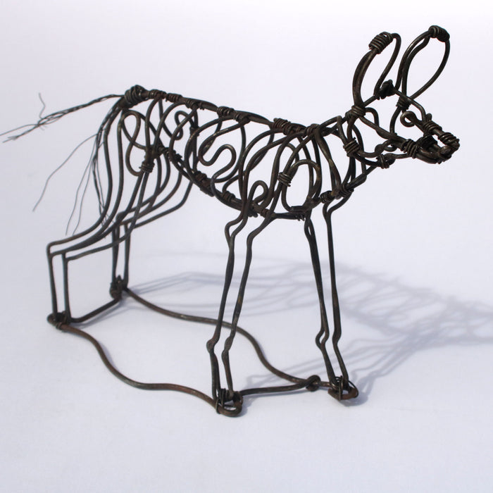 PDC Small snare wire sculptures