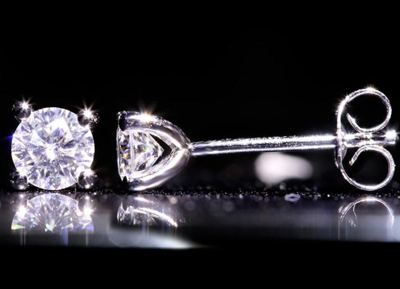 Stud Earrings with 14K white gold(5mm 1ct)