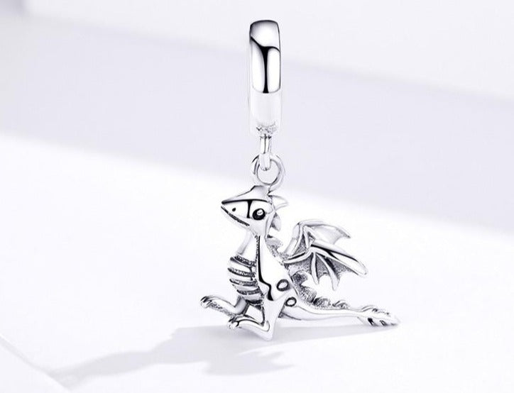 Dragon pendant with Sterling Silver & Zircon. To fit bracelet or necklace.