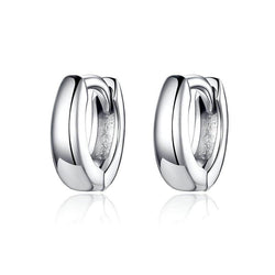 Sterling Silver polished hoop earrings. Unisex