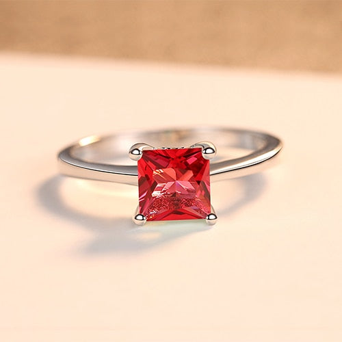 Zircon ring with 925 Sterling Silver