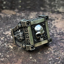 Load image into Gallery viewer, EYHIMD Gothic Style Skull Signet Ring with Black Zircon Stones