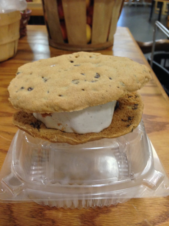 Shaw Farm Ice Cream Sandwich - Chocolate Chip