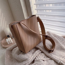 Load image into Gallery viewer, Capacious Leather Crossbody Bag