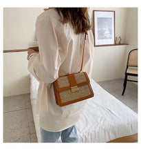 Load image into Gallery viewer, Elegant Crush Crossbody Purse
