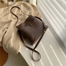 Load image into Gallery viewer, Grainy Leather Shoulder Bag
