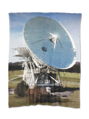 "Anita Cruz-Eberhard + David Howe, ""Soft Satellite Dish"""