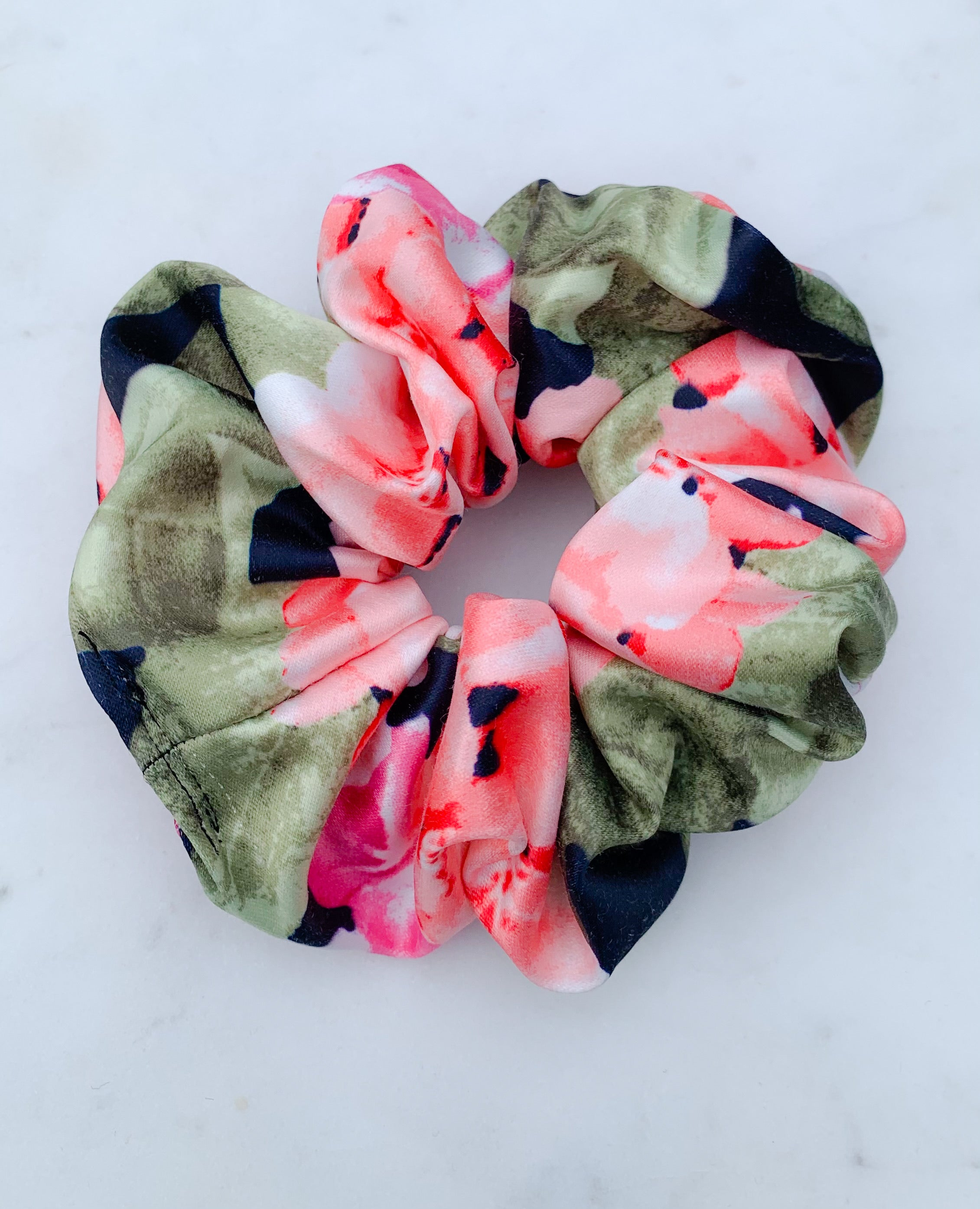 Take me to Hawaii scrunchie