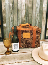 Load image into Gallery viewer, Wandering Folk - Acacia Cooler Bag - Coco