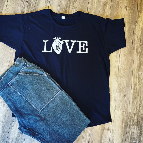 Love shirt - Flowy Fit