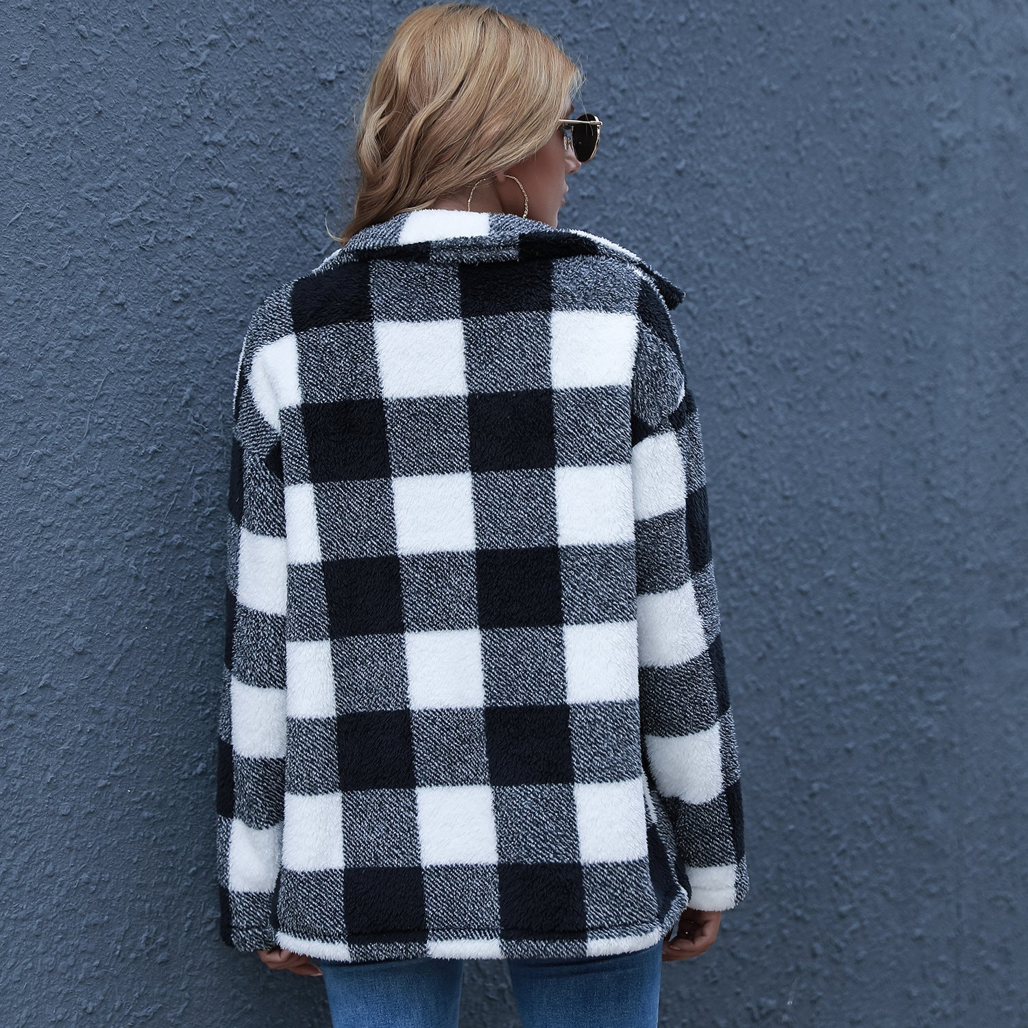 Autumn and Winter New  Woolen Cardigan  Hot Sale Color-Contrast Check Long Shawl Coat Jackets