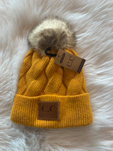 Load image into Gallery viewer, Fleece Lined CC Hats With Puff