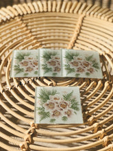 Load image into Gallery viewer, Coaster Set- Floral
