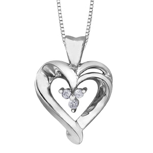 Lover's Dream Heart Necklace in White Gold - Fifth Avenue Jewellers