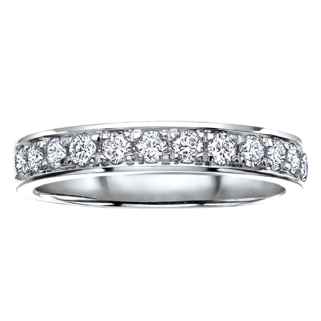 Round Cut Diamond Wedding Band in White Gold - Fifth Avenue Jewellers