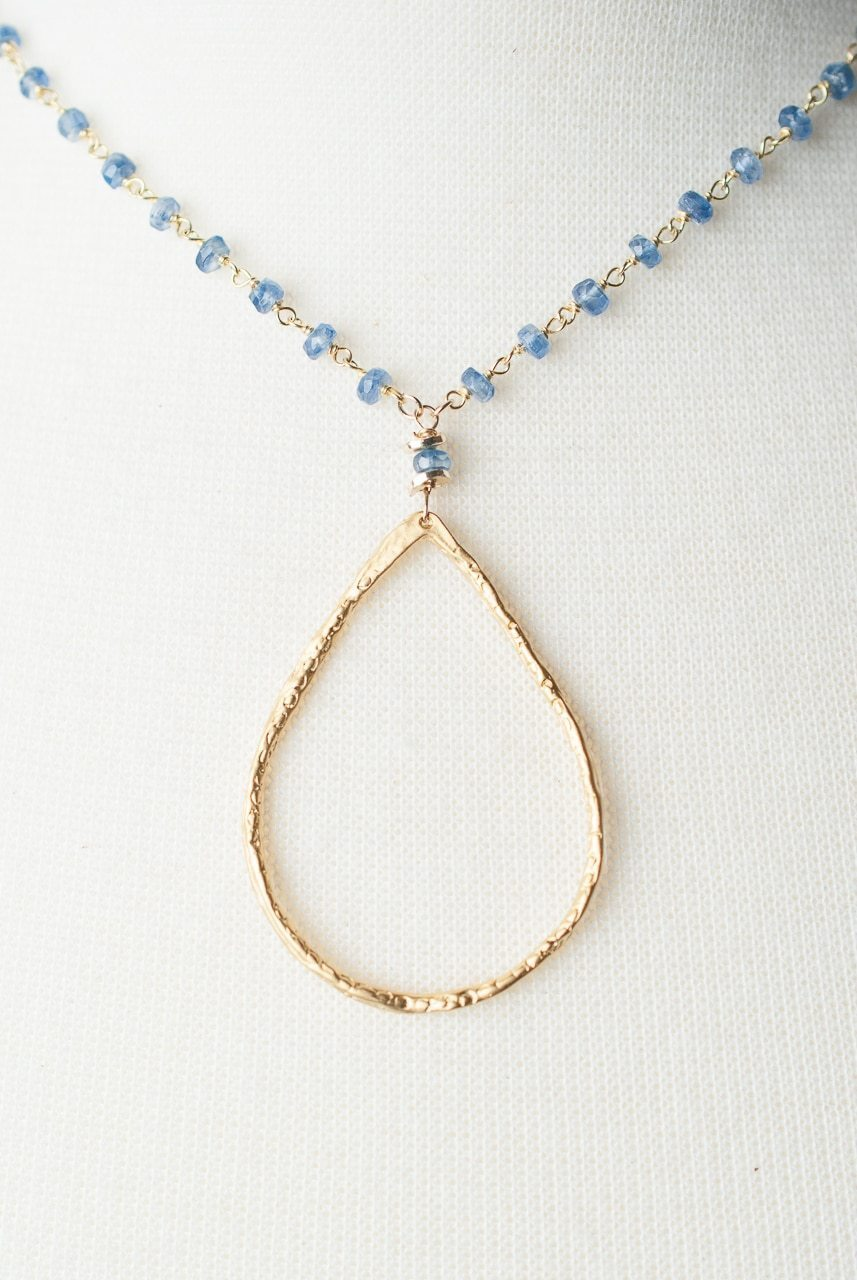 Seaside Hoop Necklace 032