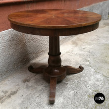 Load image into Gallery viewer, Small mahogany round table, 1800s