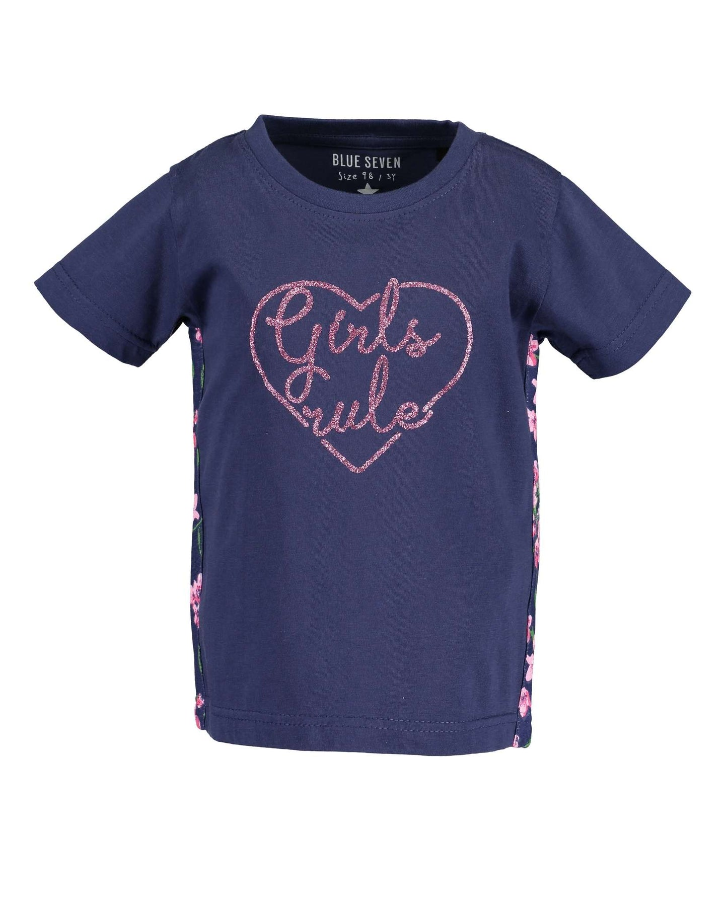 T-shirt (blue or pink)