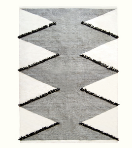 FRILLED DIAMONDS RUG