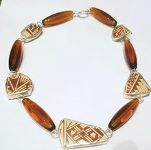 Load image into Gallery viewer, New Mexico Pueblo Ceramic Short Necklace