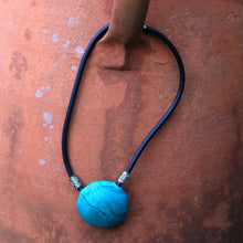 Load image into Gallery viewer, Murano Glass Neck Piece
