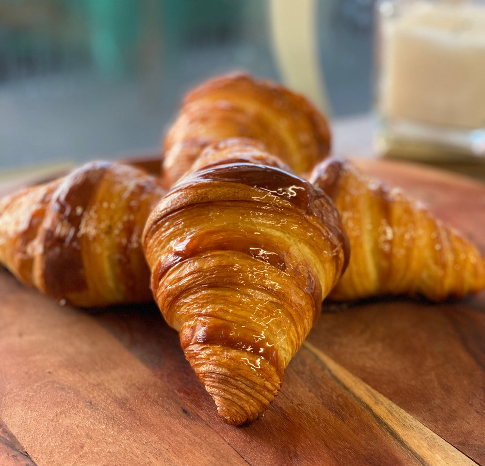 Load image into Gallery viewer, Croissant 4 Pack