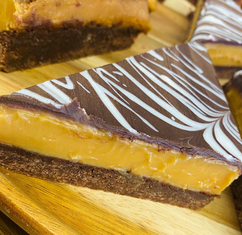 Load image into Gallery viewer, Cafe size Classic Caramel Slice
