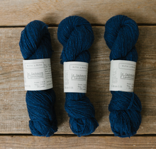 Load image into Gallery viewer, le  petit cashmere & lambswool
