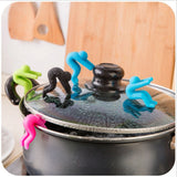 2 Pcs Cartoon Anti Soup Overflow Device Kitchen Gadget Silicone Pot Lid Holder