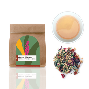 Ginger Blossom tea combines mainly apple, ginger, lemon verbena and peel to a caffeine free herbal infusion