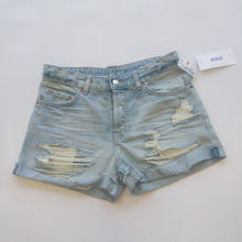 Load image into Gallery viewer, H & M Womens Shorts Size 3/4