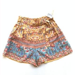 Angie Shorts Size Medium
