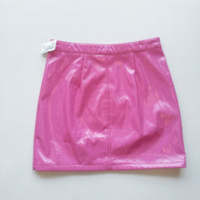 Load image into Gallery viewer, Forever 21 Womens Short Skirt Small-20200403_143411.jpg