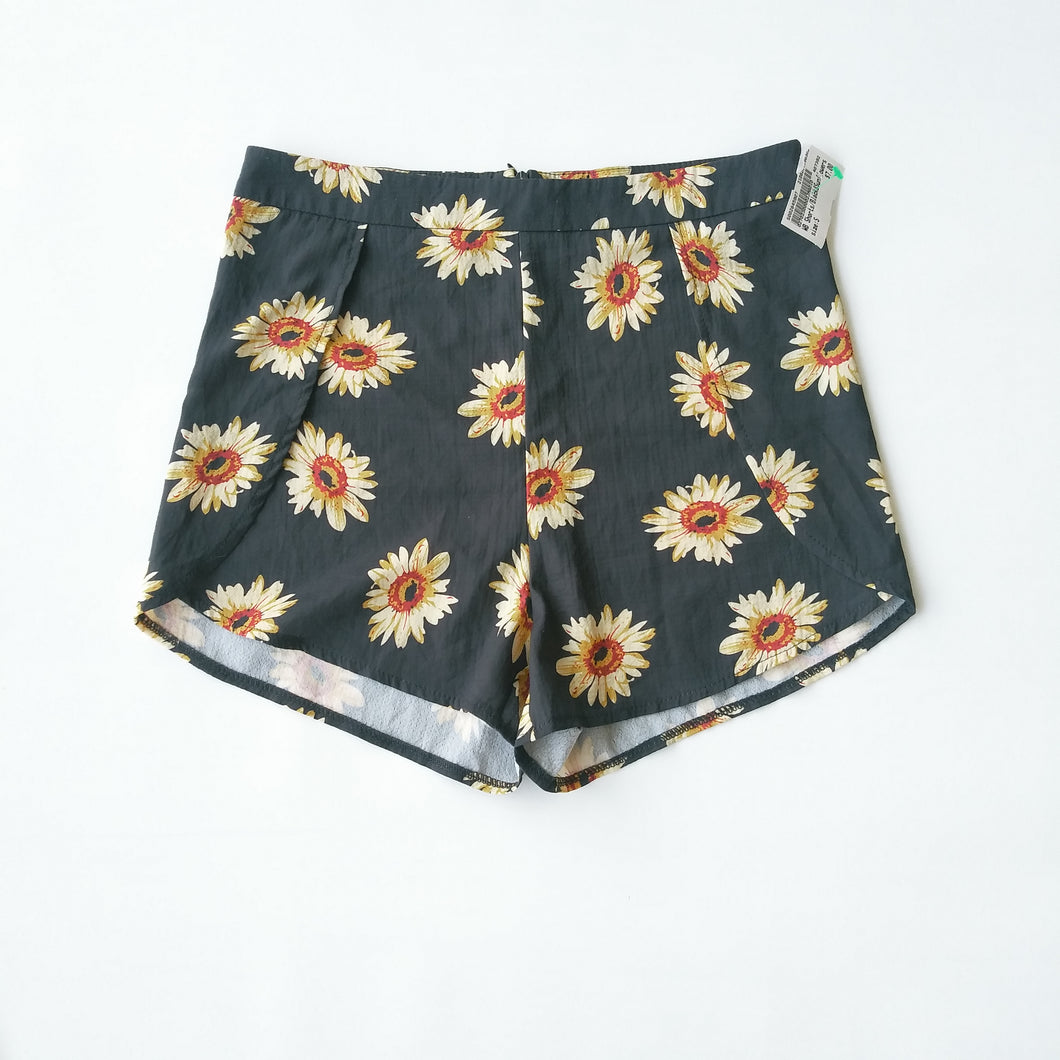 Womens Shorts Size Small