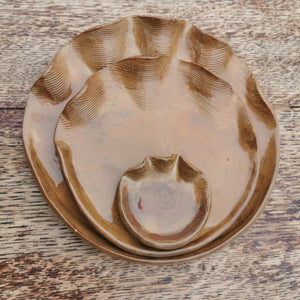 Brown Wavy Serving Plates