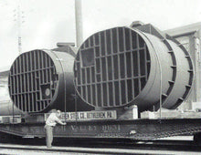 Load image into Gallery viewer, O Scale Massive Bethlehem Steel Ladle Railroad Flatcar Well car Load