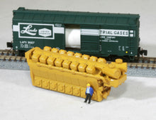 Load image into Gallery viewer, Z Scale 8200HP 16 Cylinder Industrial Engine Model Railroad Flatcar Load YELLOW