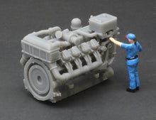 Load image into Gallery viewer, S Scale 1380HP V8 Diesel Turbocharged Aftercooled Industrial Engine Model Grey