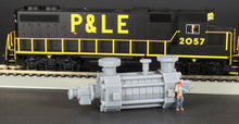 Load image into Gallery viewer, HO Scale Modular High-Pressure Stage Casing Pump Flatcar Load