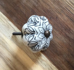 Black Flower Ceramic Knob