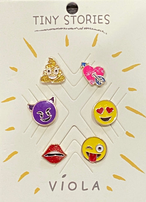 6 Emoji Pins {Perfect To Decorate a Denim jacket}